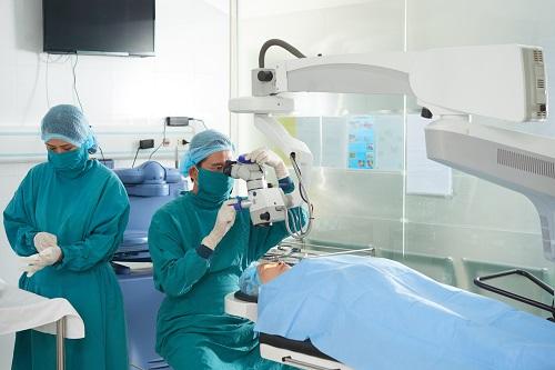 centre ophtalmologique 06